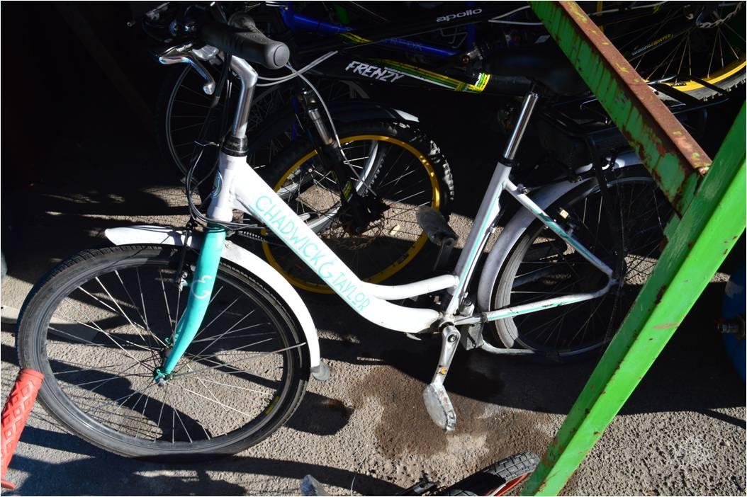 Lot 18 - Chadwick & Taylor Girls Bicycle