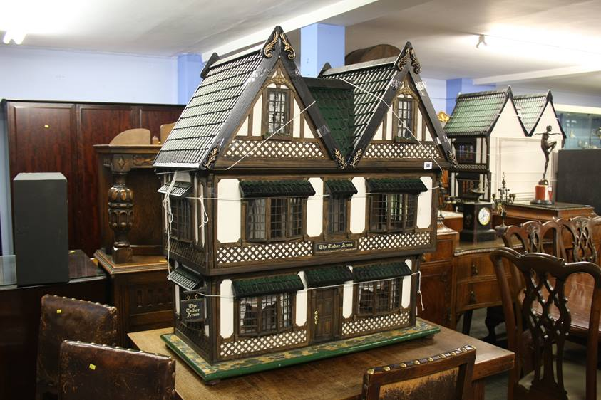 Lot 99 - A large dolls house 'The Tudor Arms'