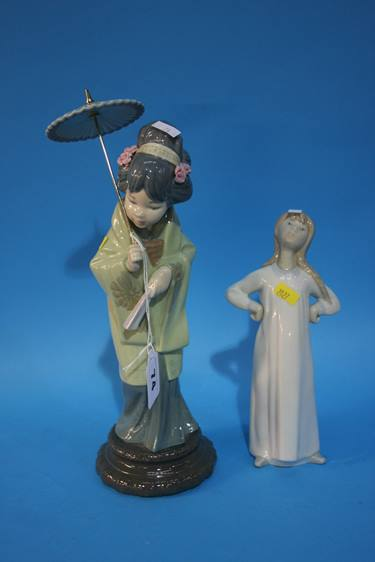 Lot 74 - Four Lladro figures