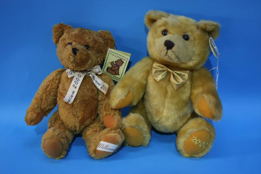 Lot 44 - Two jointed teddy bears