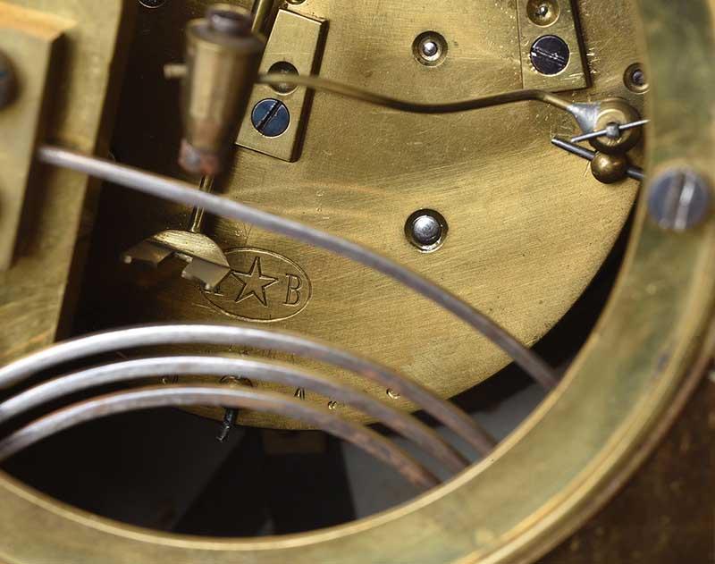VICTORIAN CLOCK SET - Image 8 of 10