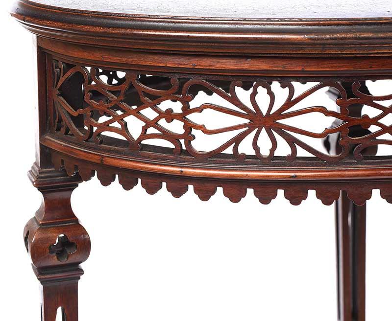 Lot 17 - EDWARDIAN MAHOGANY OVAL LAMP TABLE