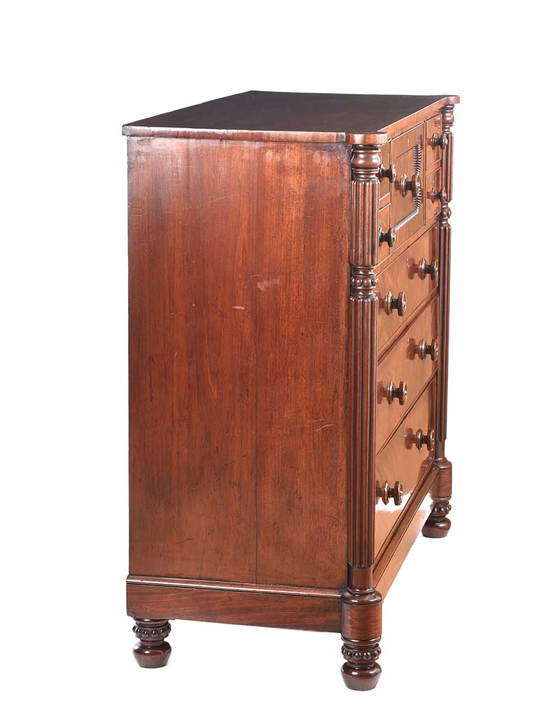 REGENCY MAHOGANY CHEST OF DRAWERS - Image 11 of 11