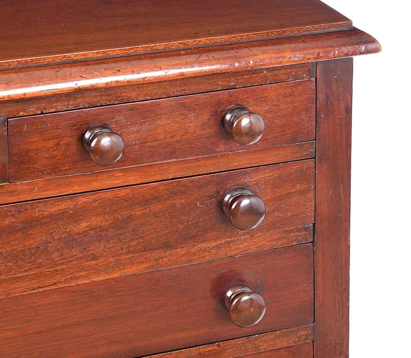 VICTORIAN MAHOGANY CHEST OF DRAWERS - Image 2 of 7
