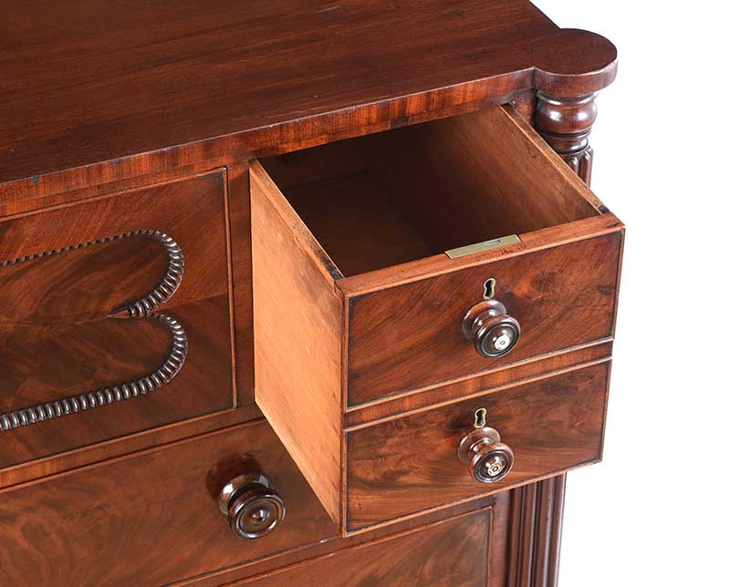 REGENCY MAHOGANY CHEST OF DRAWERS - Image 5 of 11