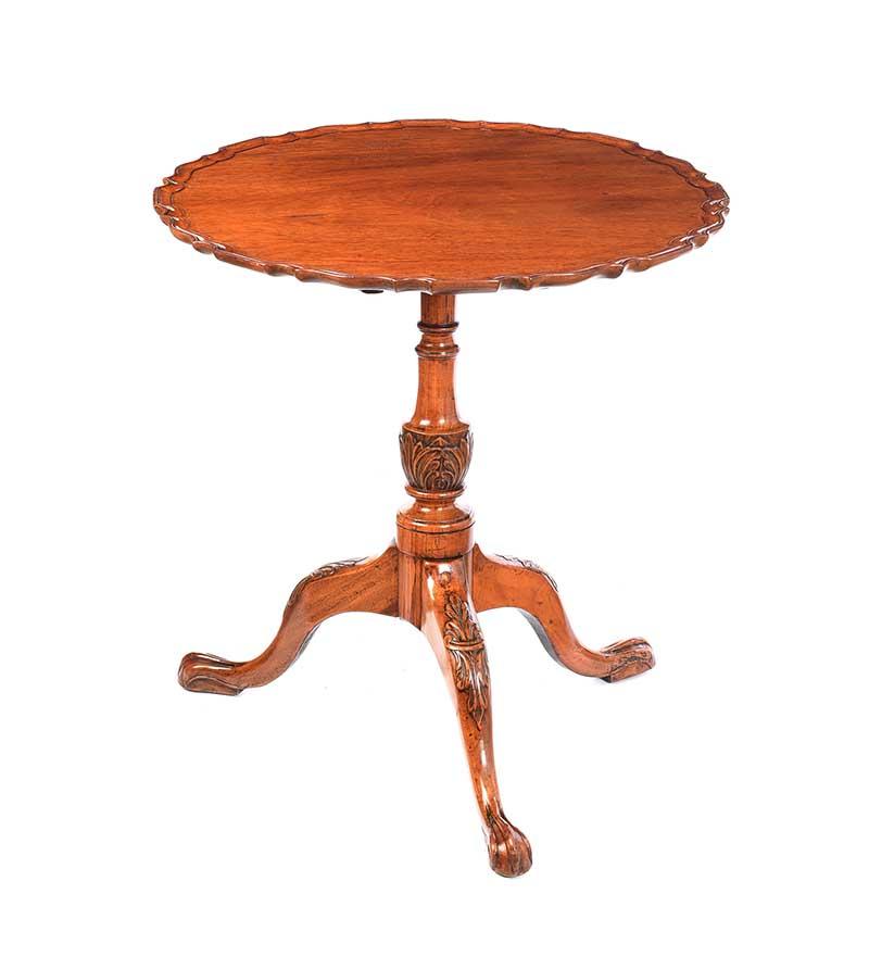 MAHOGANY SNAP TOP LAMP TABLE