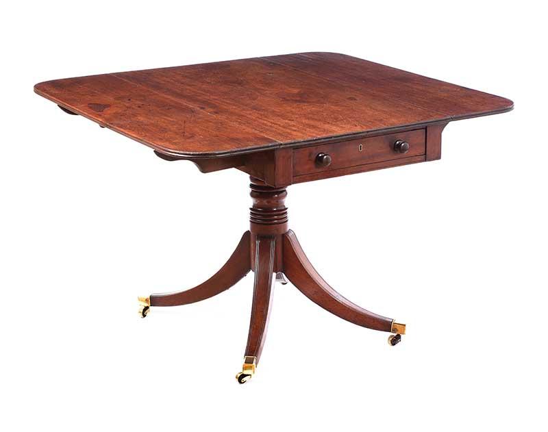 GEORGIAN MAHOGANY PEMBROKE TABLE - Image 2 of 8