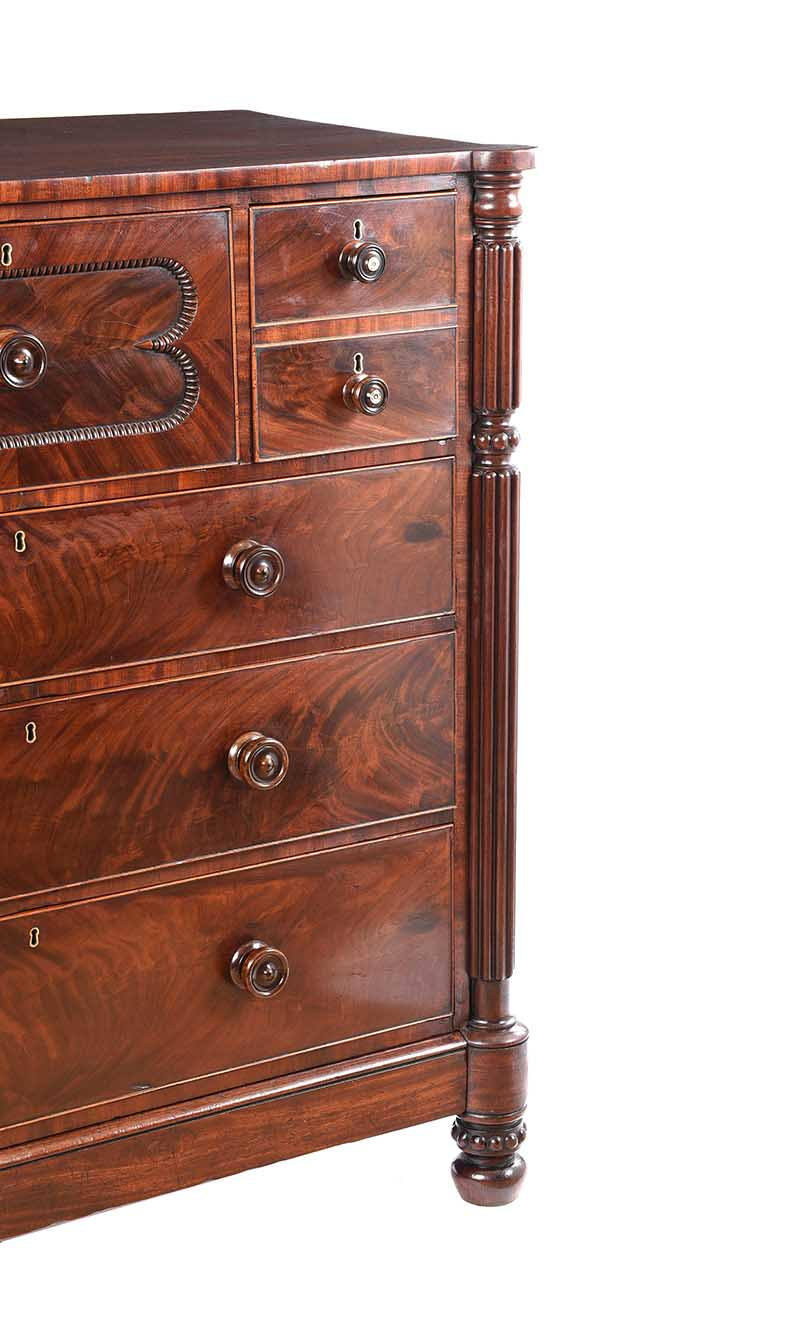 REGENCY MAHOGANY CHEST OF DRAWERS - Image 9 of 11