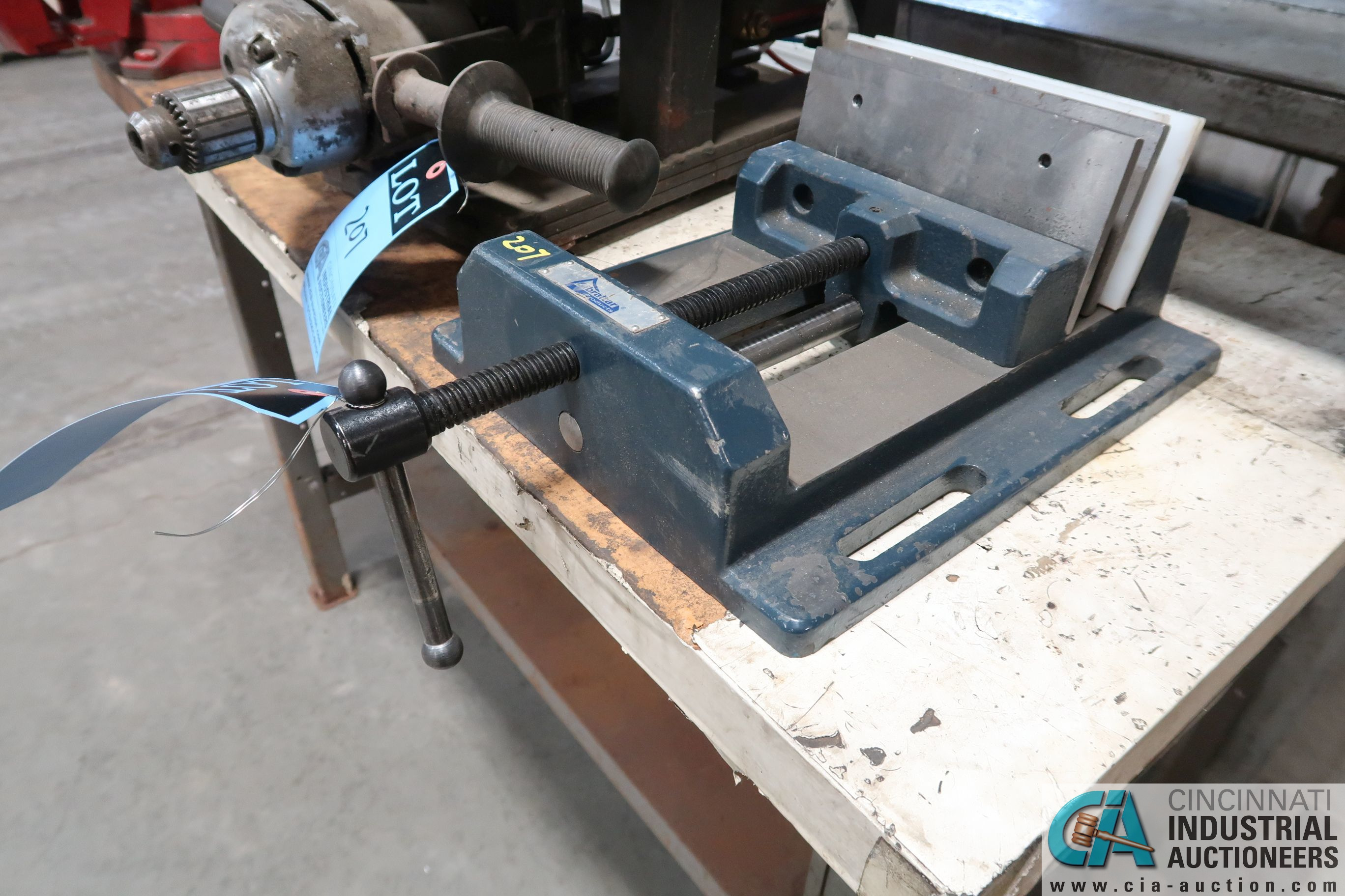 """(LOT) 1/2"""" SPECIALITY DRILL AND 8"""" GIBRATOR DRILL VISE - Image 3 of 3"""