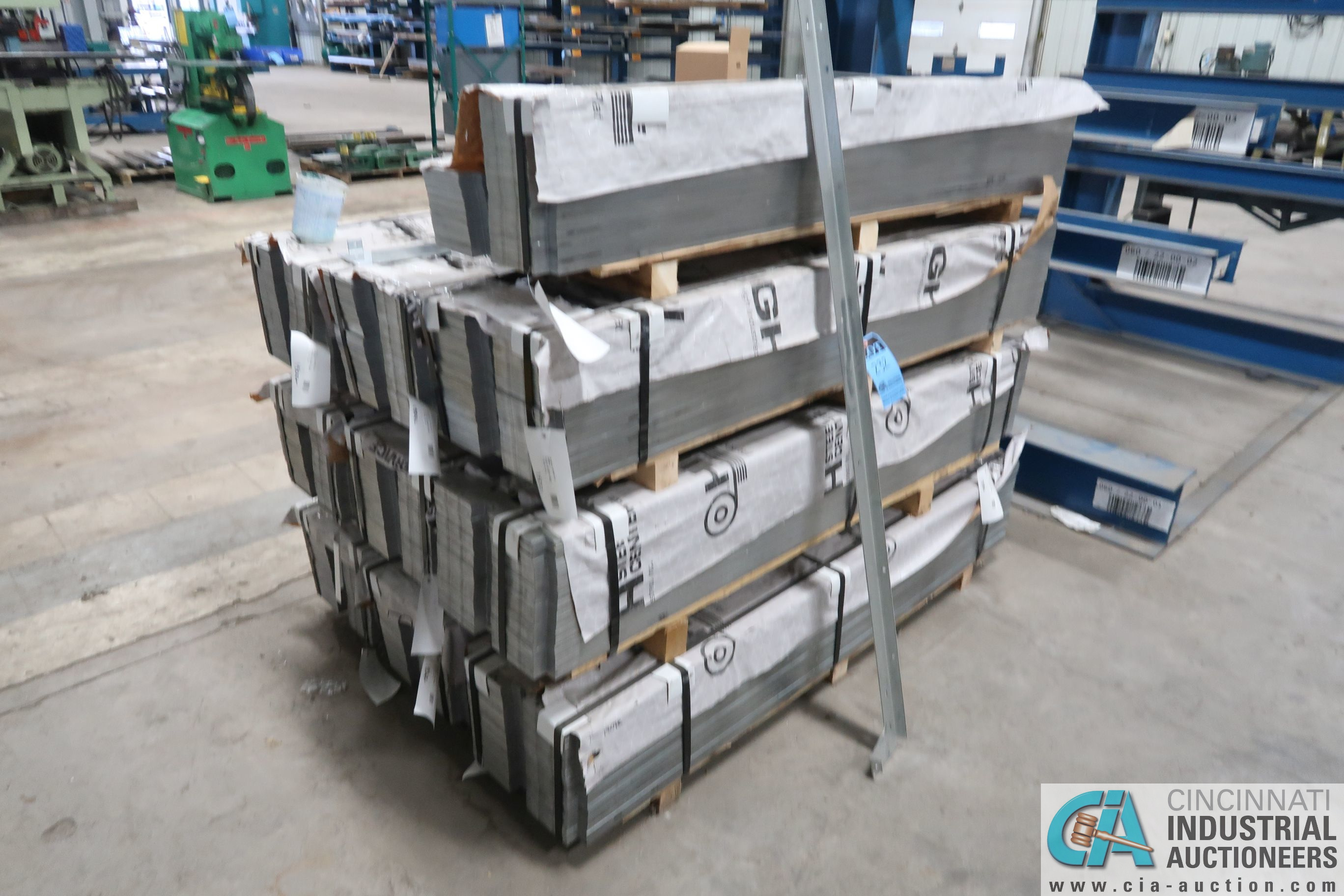 BUNDLES OF STEEL FABRICATED ASSEMBLIES AND ROLL OF WIRE - Image 3 of 3