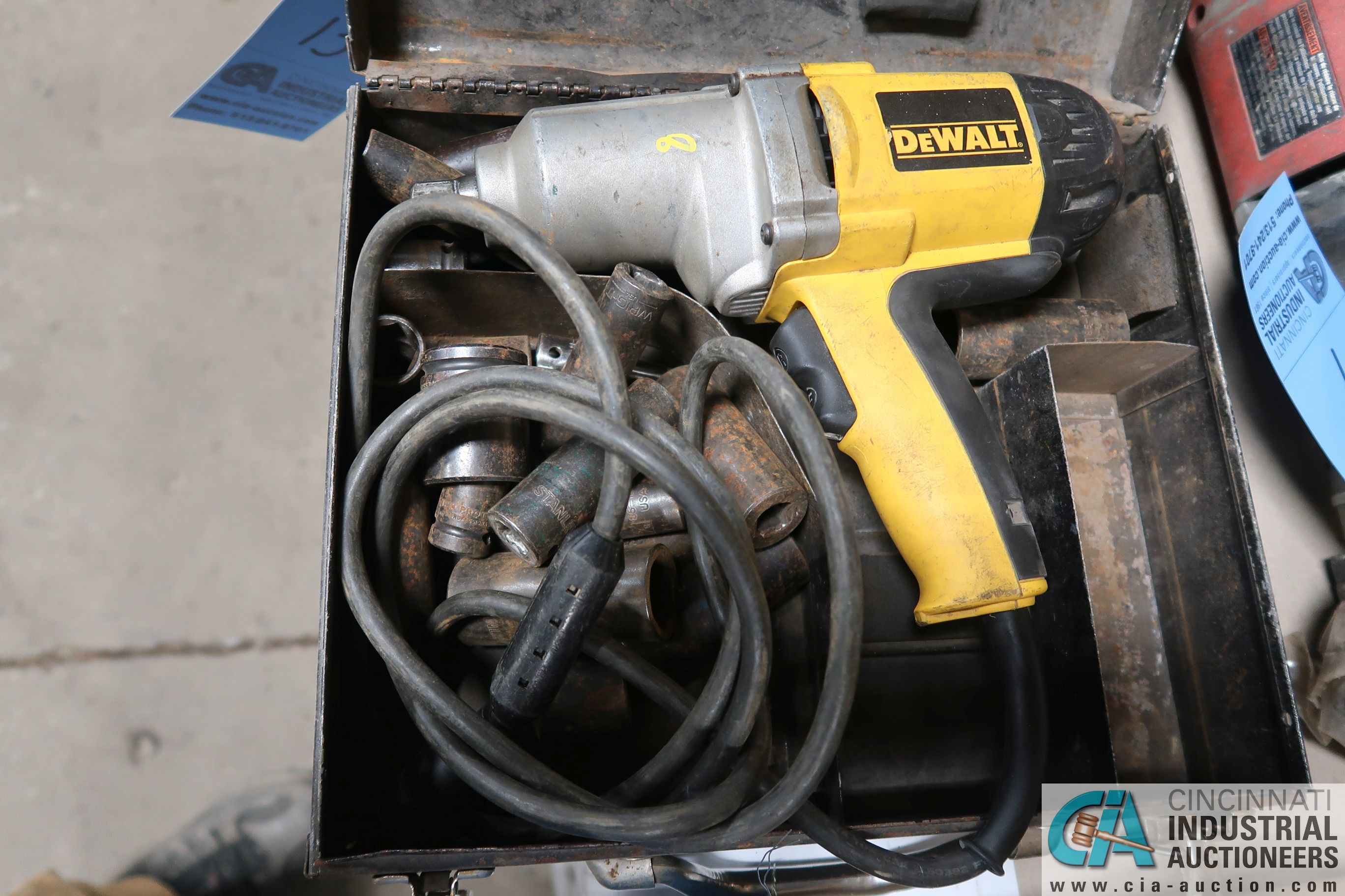 "1/2"" DEWALT ELECTRIC IMPACT WRENCH"