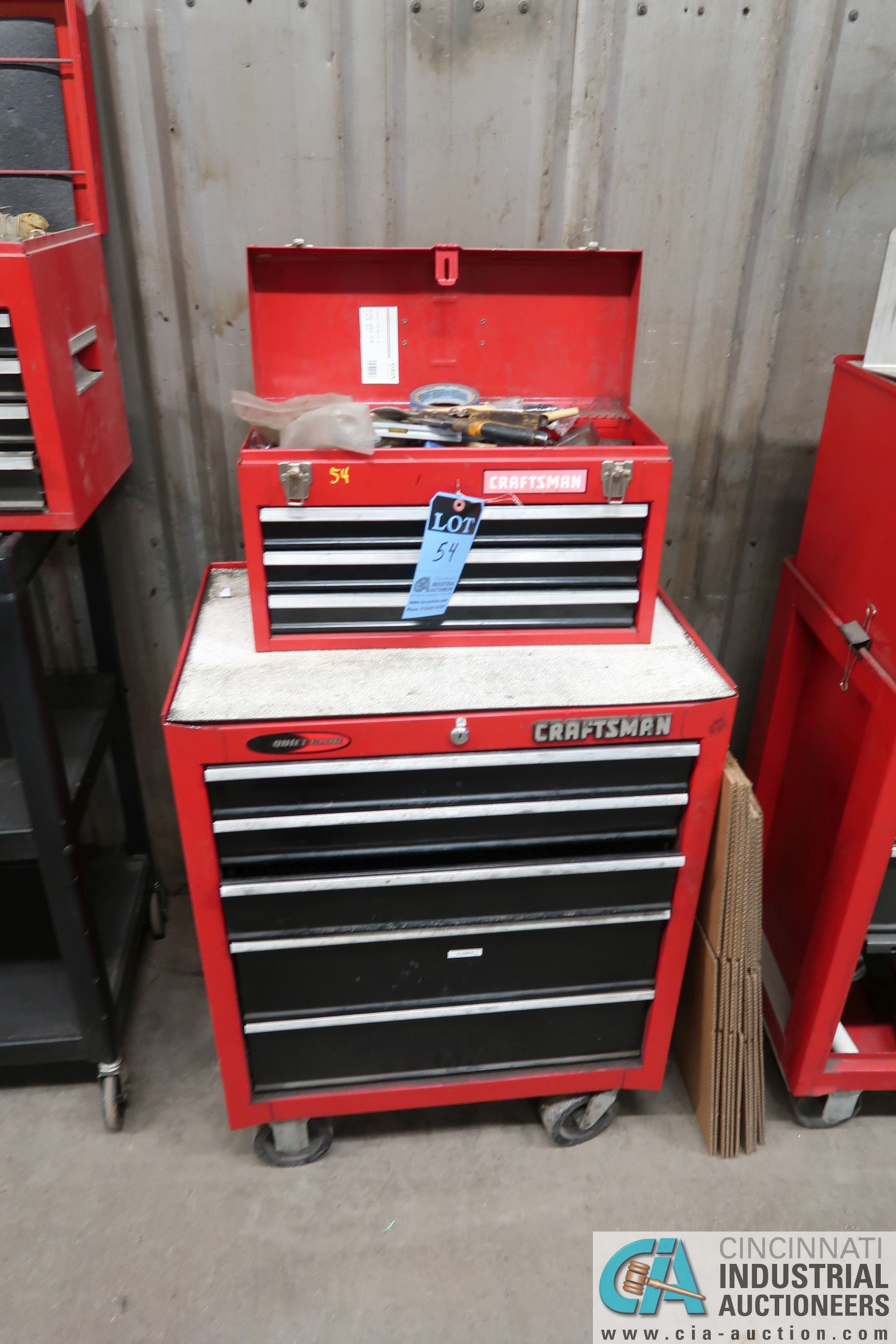 8-DRAWER CRAFTSMAN PORTABLE TOOL BOX WITH TOOLS