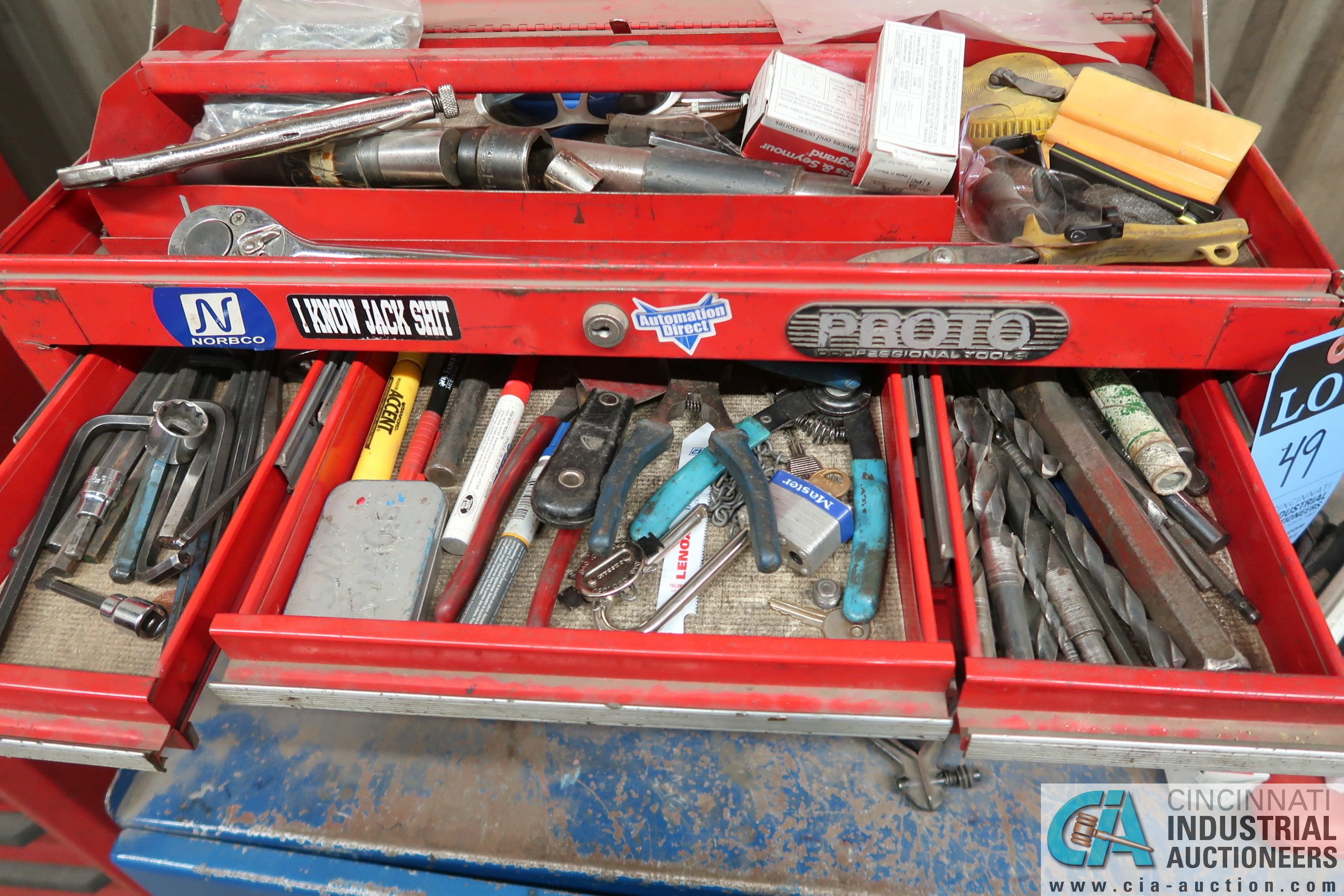 (LOT) 6-DRAWER TOOL BOX WITH PORTABLE 2-DOOR CABINET AND TOOLS - Image 3 of 7