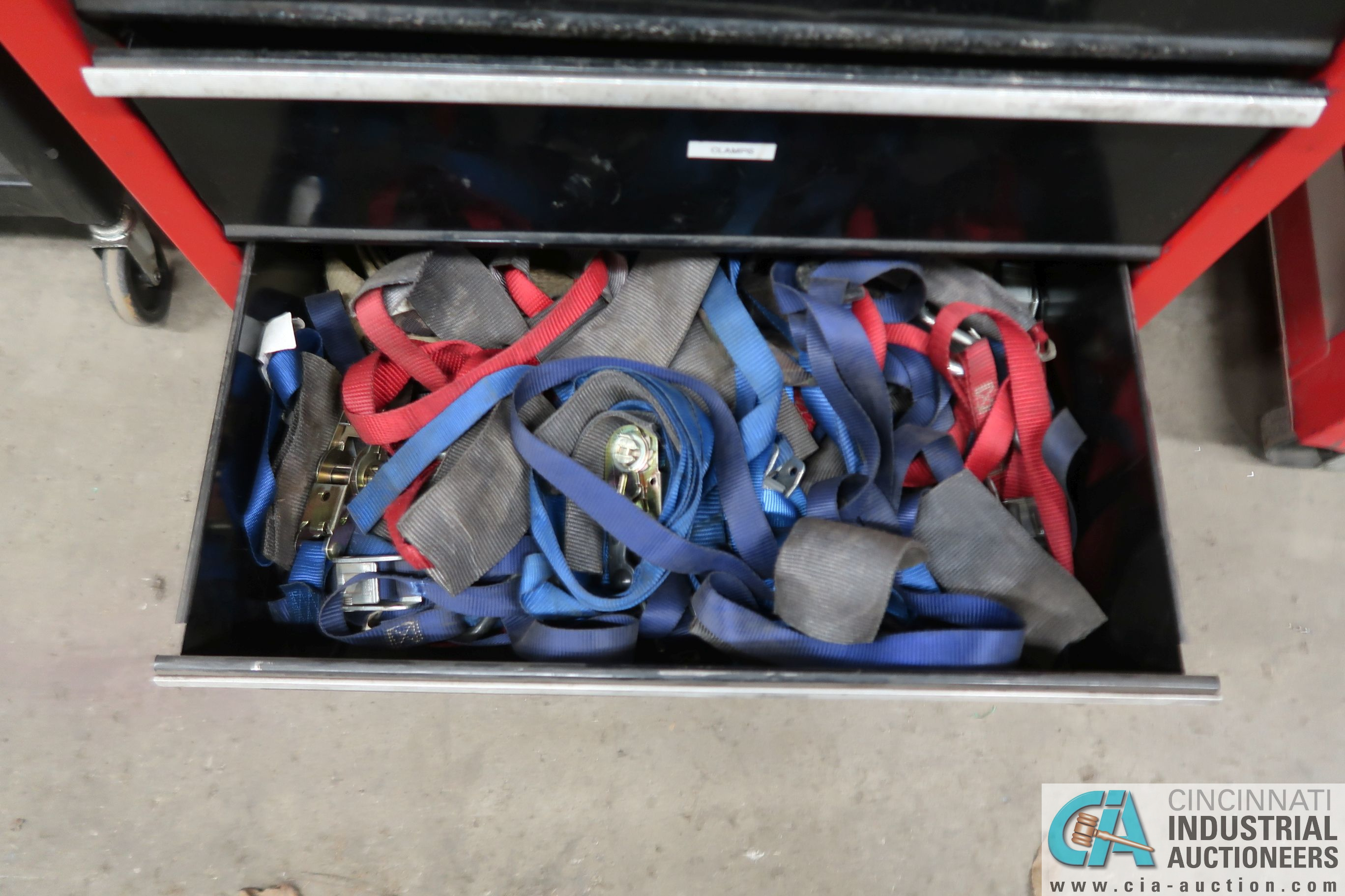 8-DRAWER CRAFTSMAN PORTABLE TOOL BOX WITH TOOLS - Image 7 of 7