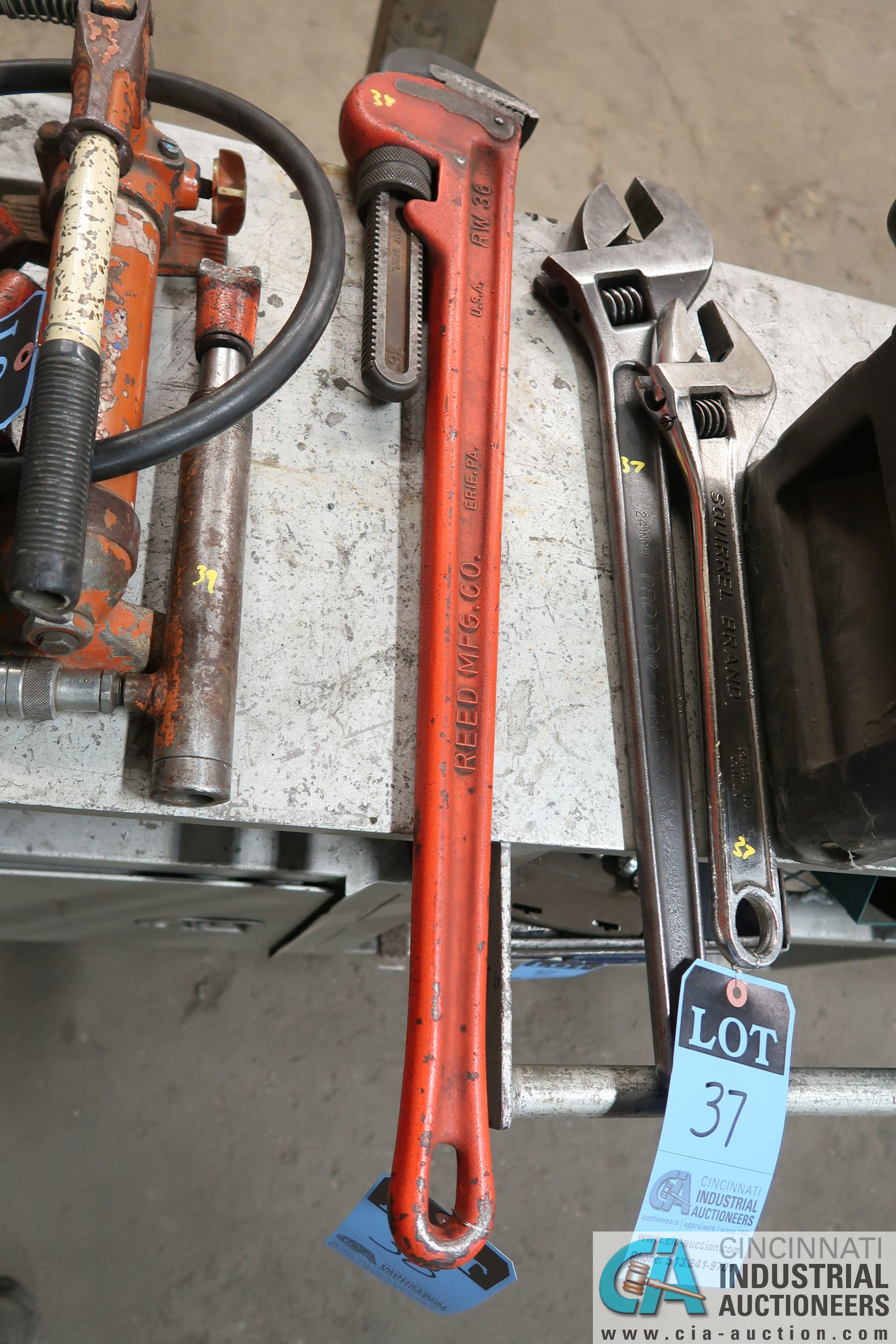 "36"" REED PIPE WRENCH"