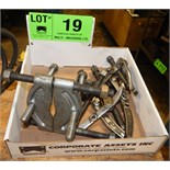 LOT/ PULLERS