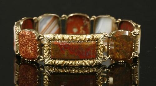Lot 6 - A Regency gold agate bracelet