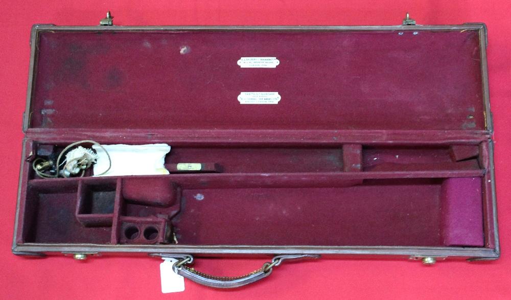 Lot 104 - The 'V.C.' gun case by E.J.