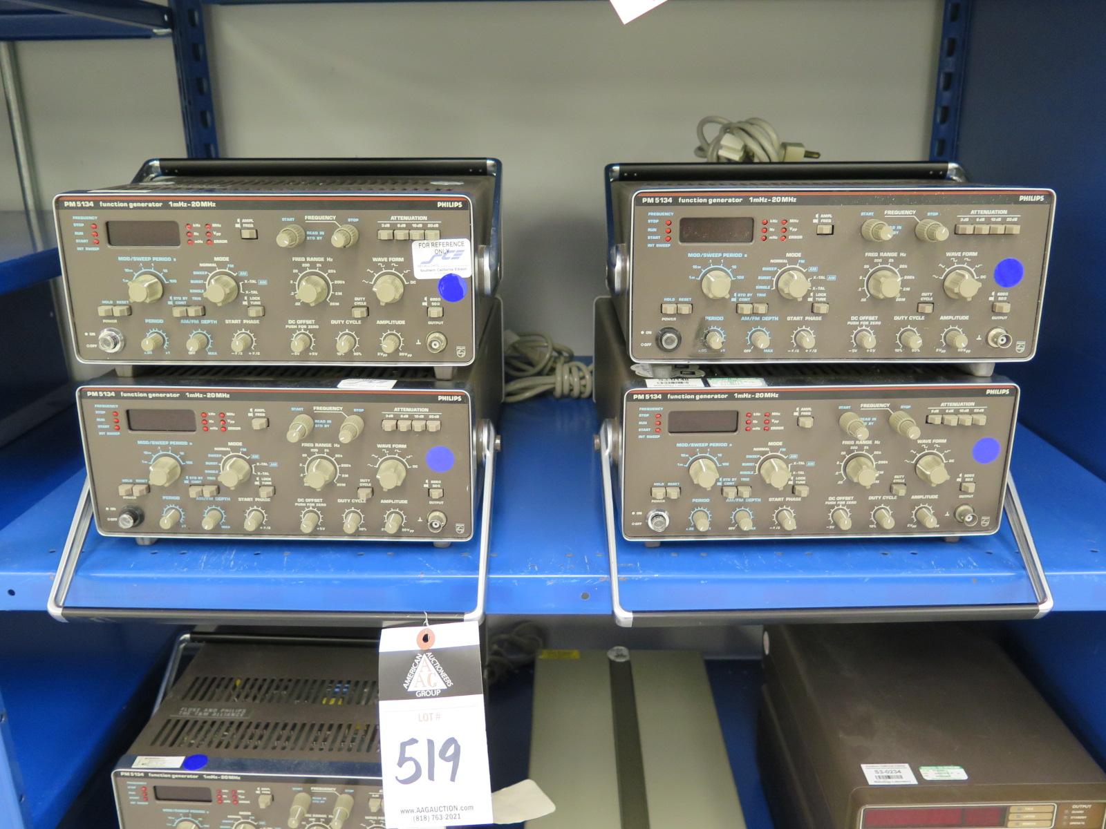 4 Fluke Pm5134 1mhz To 20mhz Function Generators Generator Lot 519