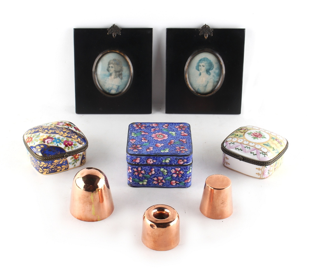 Lot 273 - Property of a deceased estate - a box containing assorted items including three copper chocolate