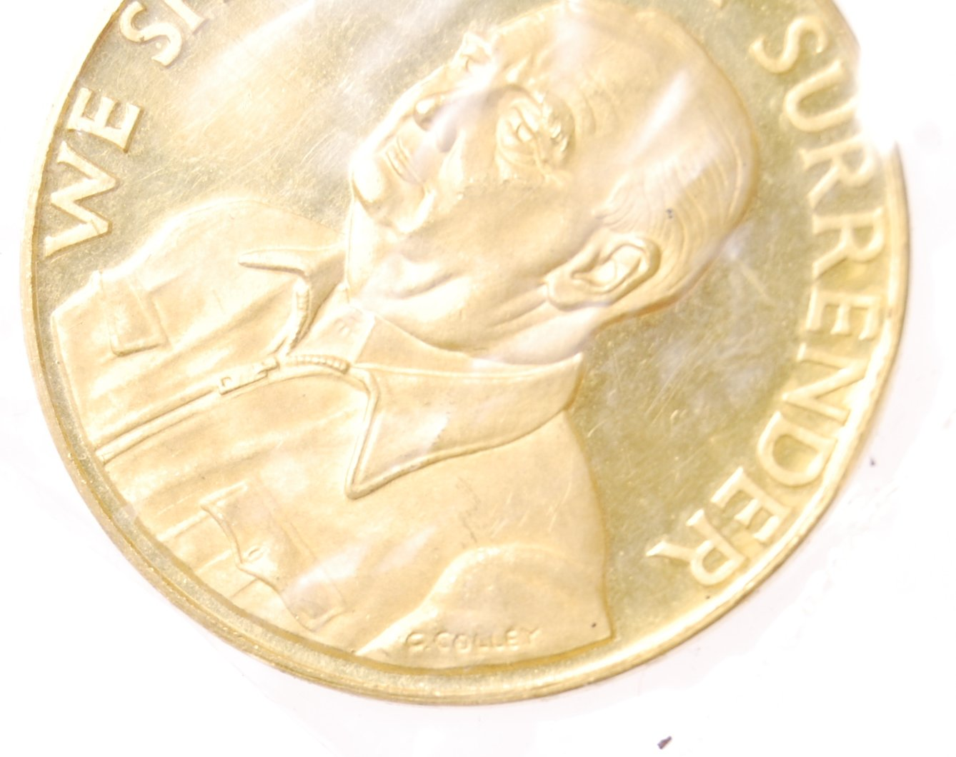 22CT GOLD 25TH ANNIVERSARY OF DUNKIRK COMMEMORATIVE COIN - Image 4 of 5