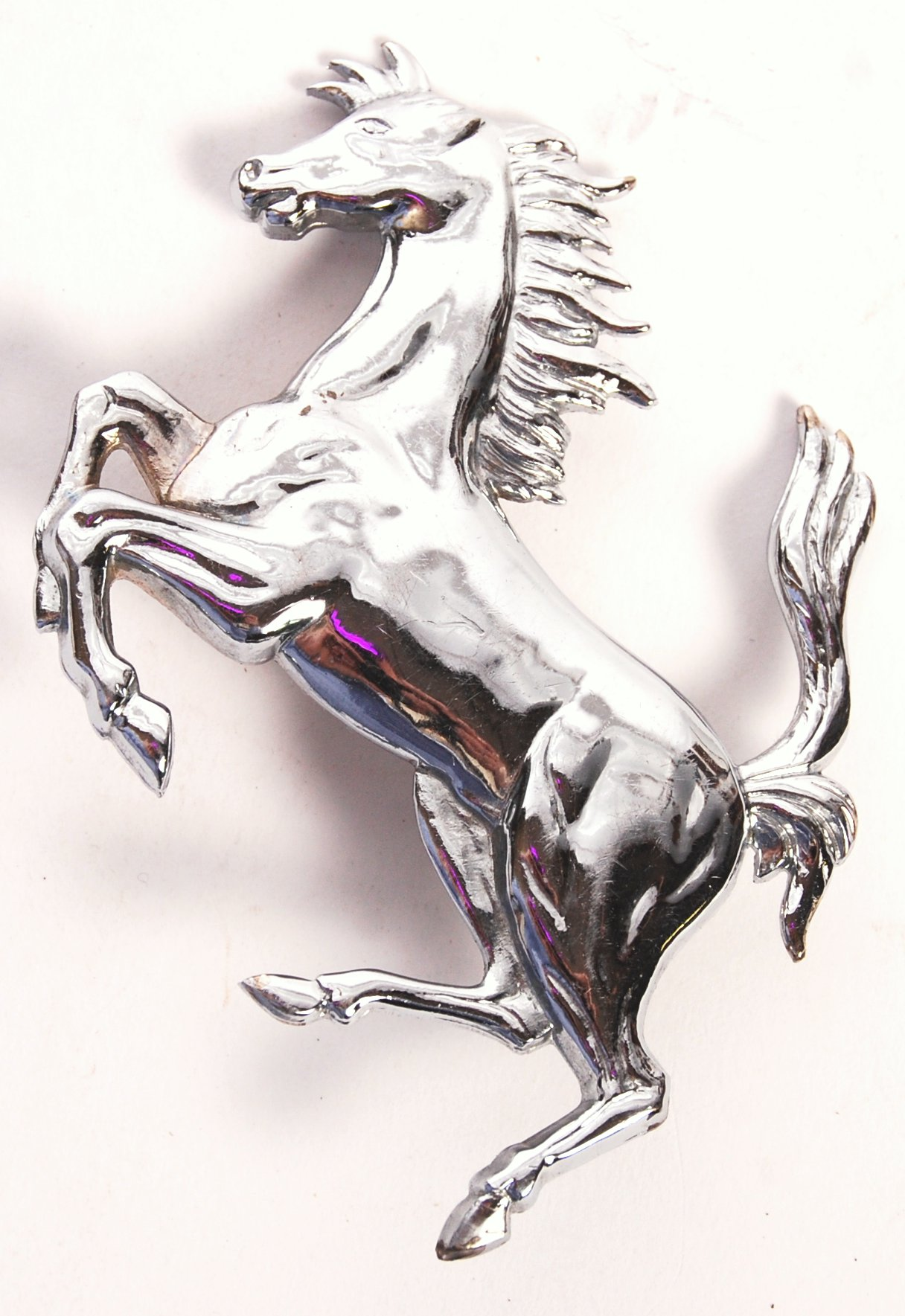RARE PRANCING HORSE FERRARI SPORTS CAR MASCOT / BADGE - Image 2 of 3