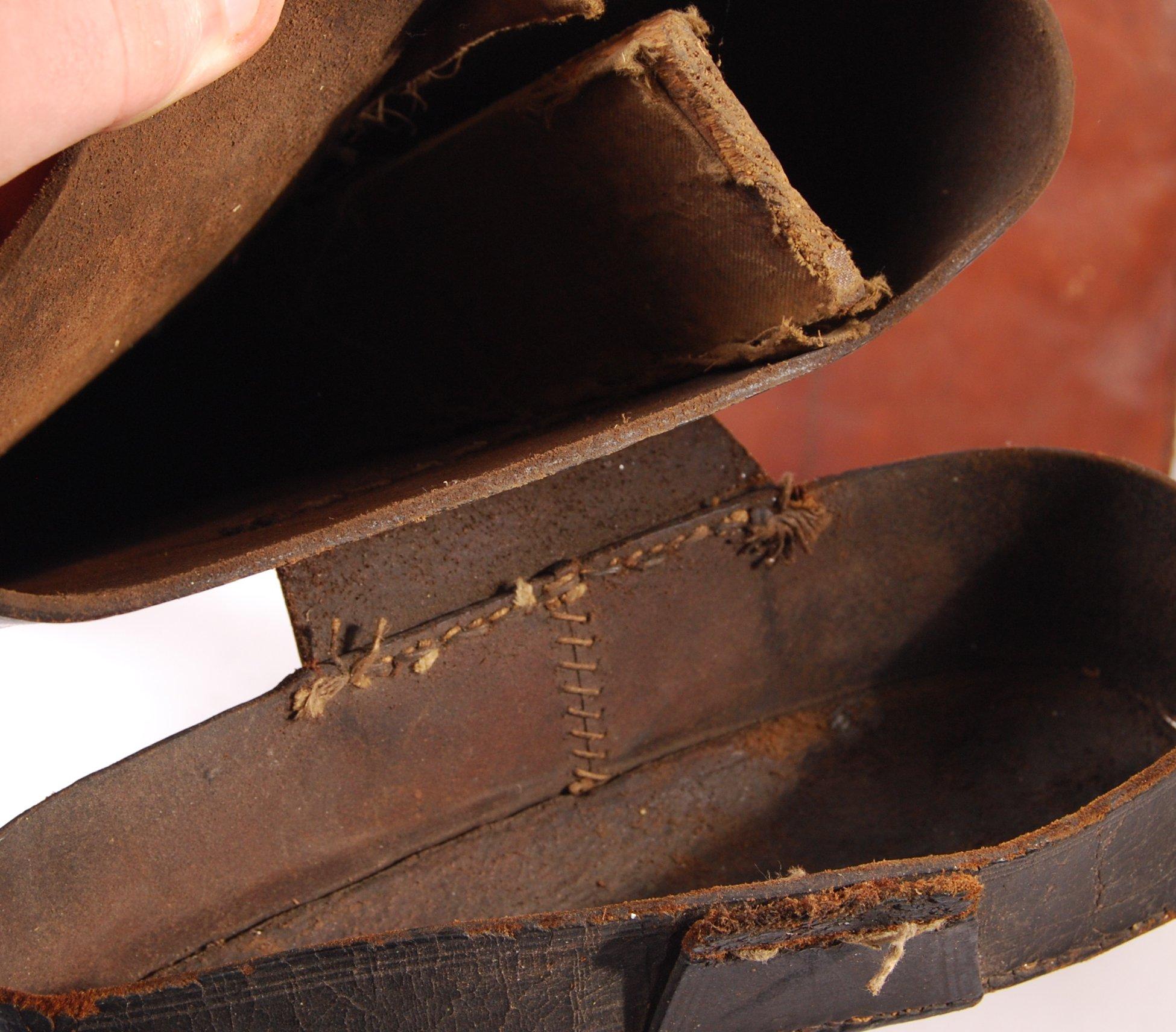 Lot 214 - TWO VINTAGE LEATHER LEG O'MUTTON SHOTGUN CASES