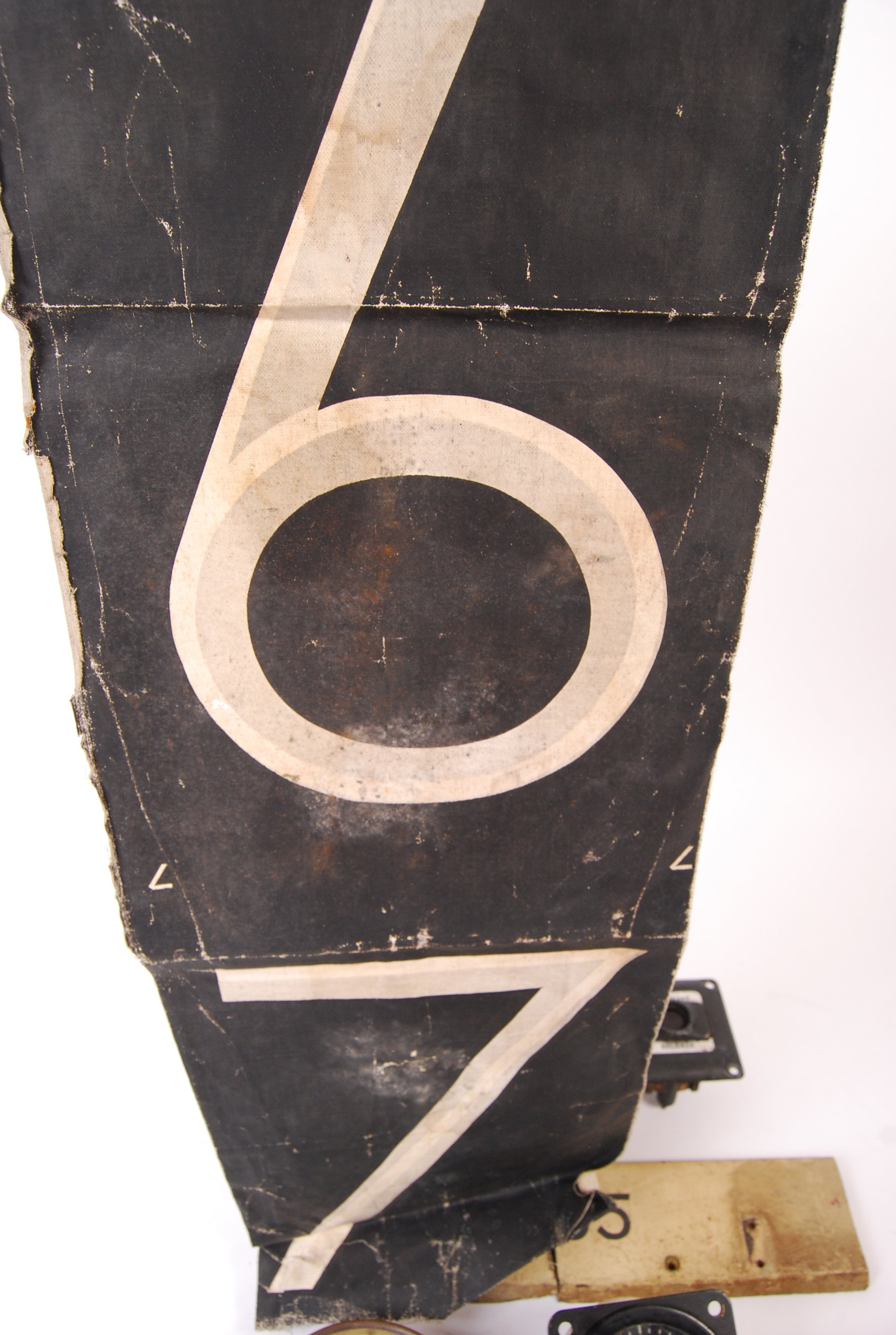 RARE COLLECTION OF RAILWAYANA - REMOVED FROM D7055 HYMEK DIESEL LOCO - Image 7 of 8