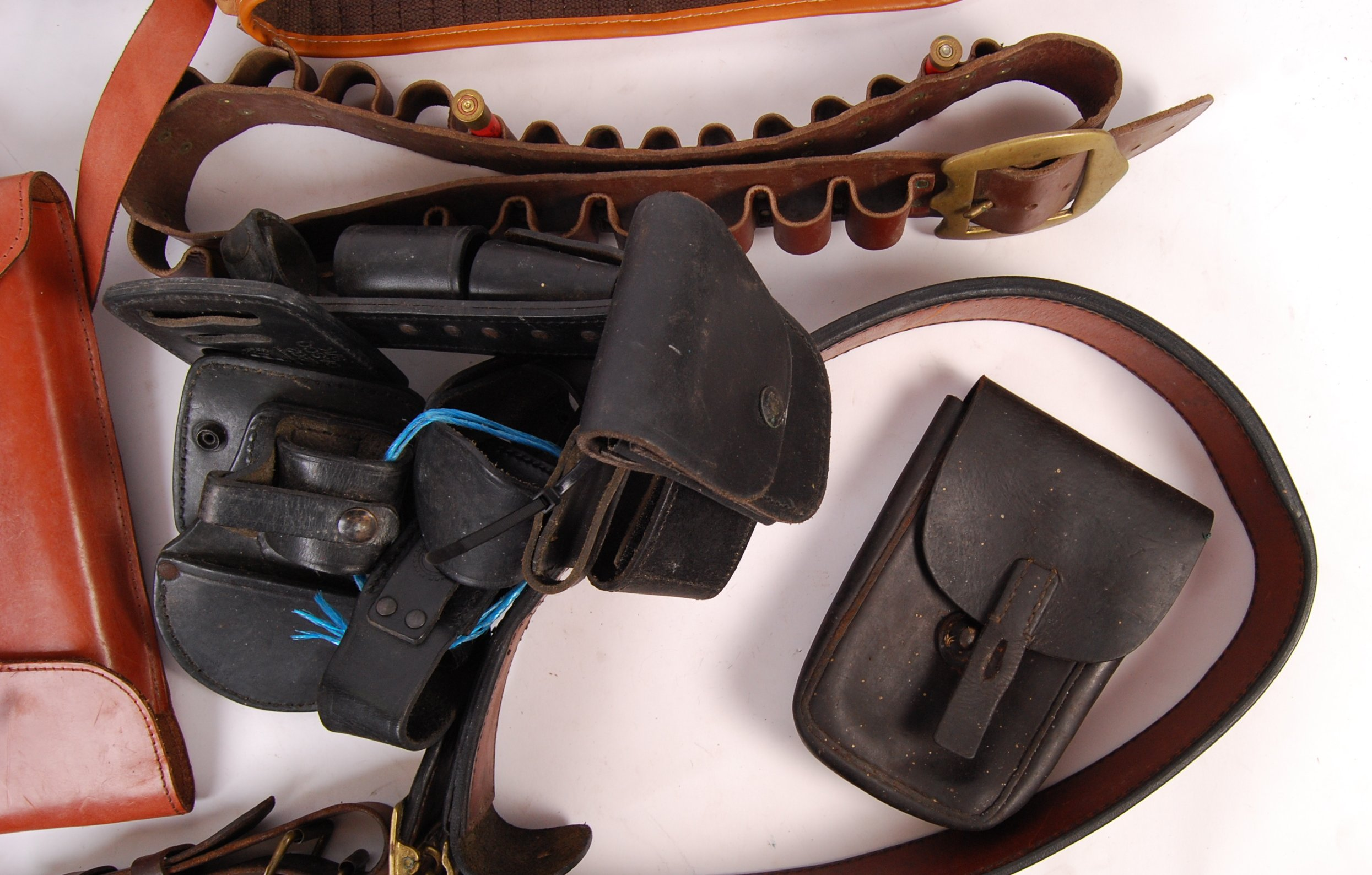 ASSORTED 20TH CENTURY RE-ENACTMENT / FIREARM RELATED LEATHER BELTS - Image 4 of 6