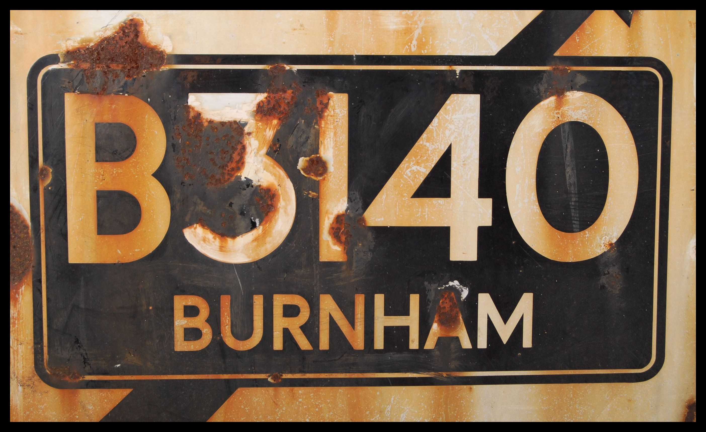 RARE ORIGINAL 1960'S RAC ENAMEL ROAD SIGN FOR BURNHAM ON SEA - Image 2 of 4