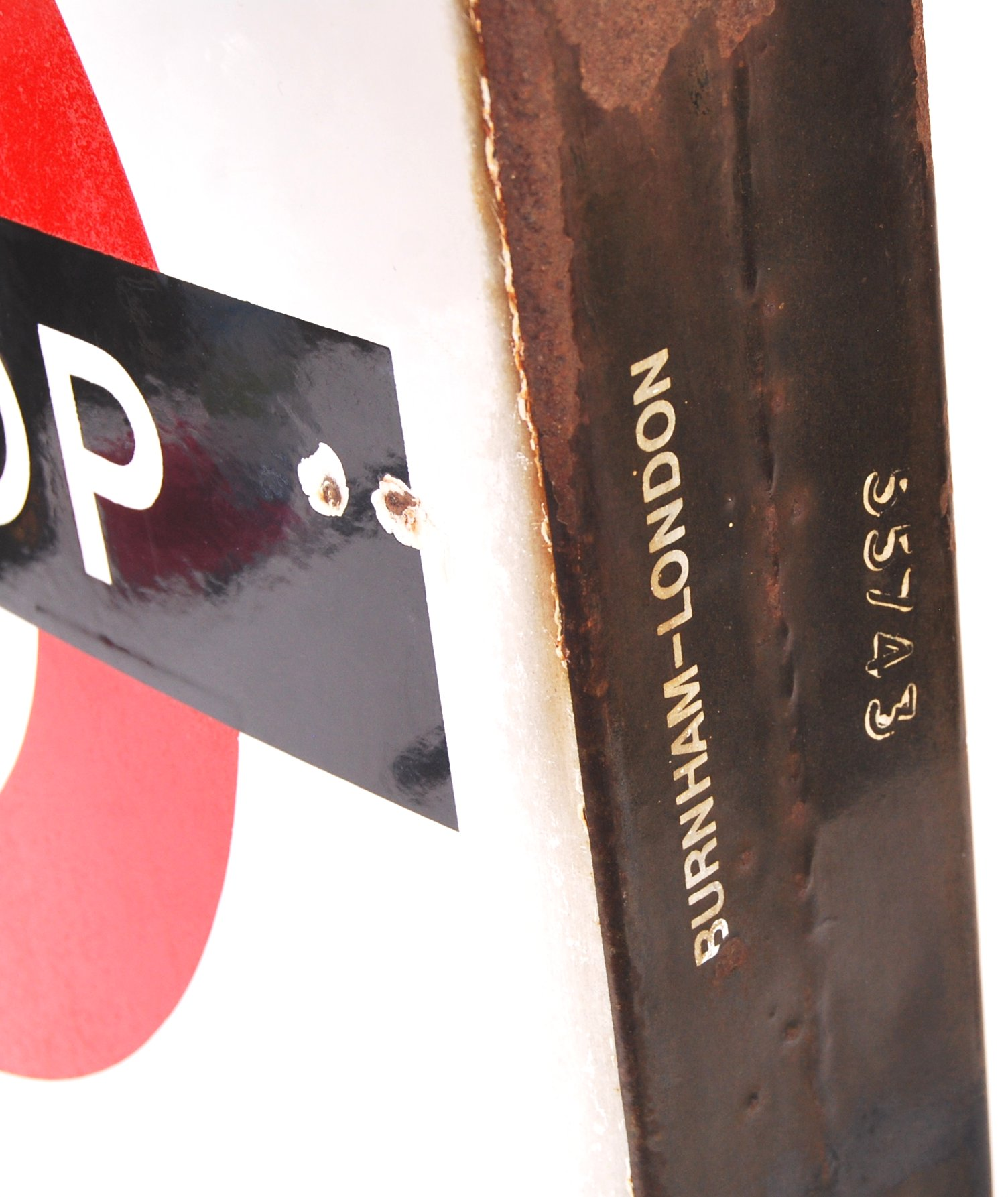 RARE VINTAGE LONDON TRANSPORT ' BUS STOP ' ENAMEL DOUBLE SIDED SIGN - Image 4 of 4