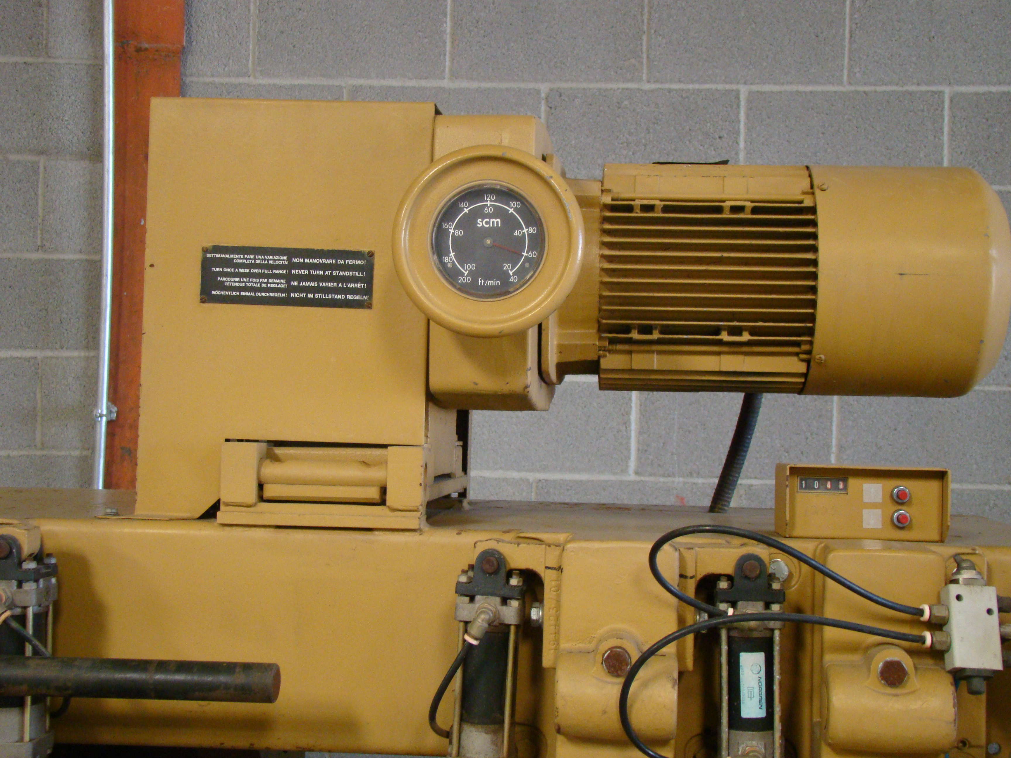"""SCMi 9"""" Wood Moulder, Model: P230 5 Head 6.6HP 220/440 Volts 3Phase - Image 12 of 14"""