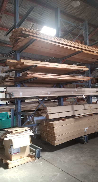 """Cantilever Racking/Shelving Double Sided 18' Uprights (Qty. 3) 48"""" Arms (Qty. 34)"""