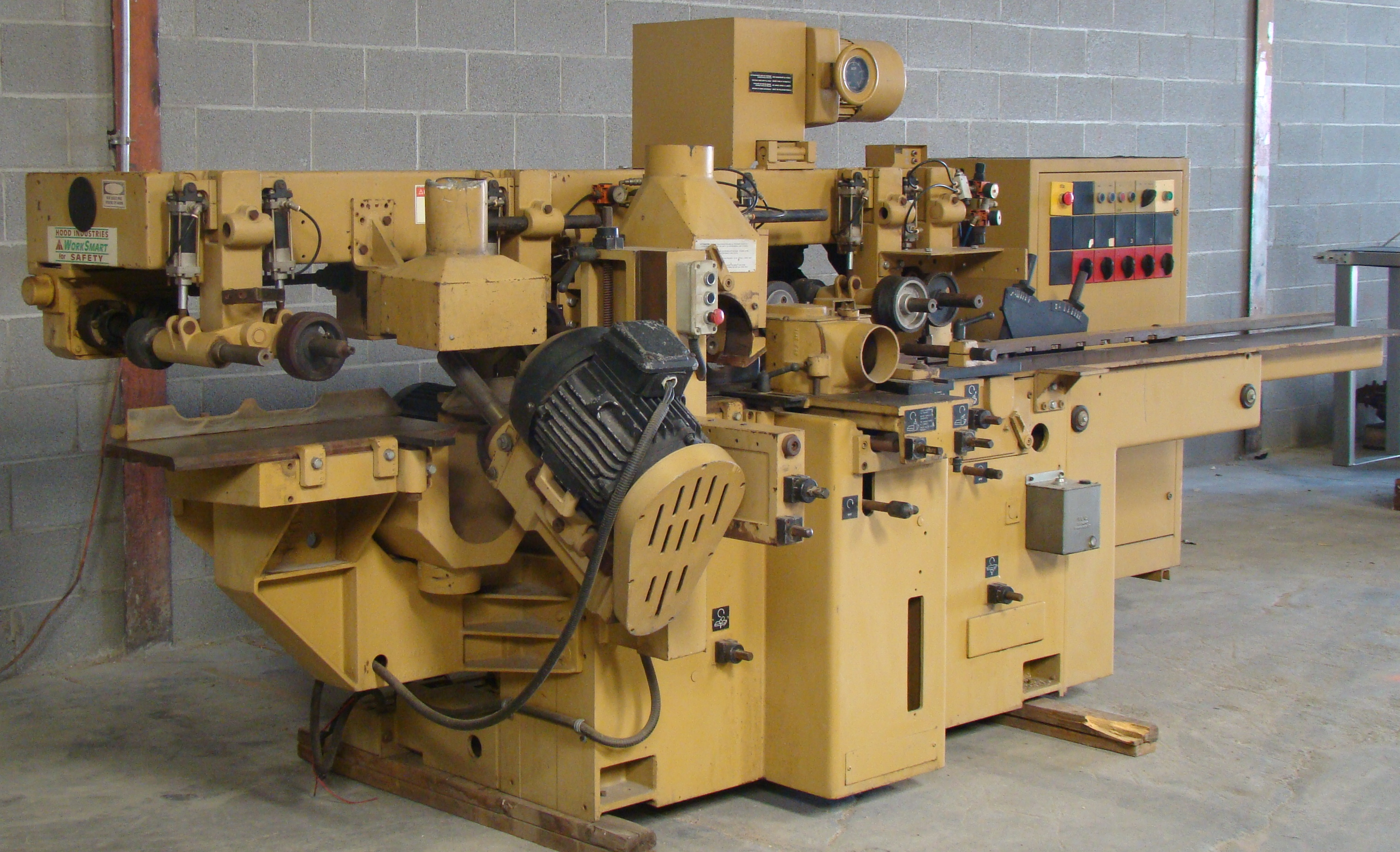 """SCMi 9"""" Wood Moulder, Model: P230 5 Head 6.6HP 220/440 Volts 3Phase - Image 13 of 14"""