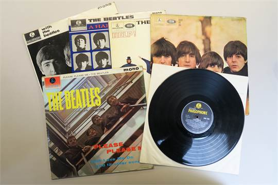 dating beatles records