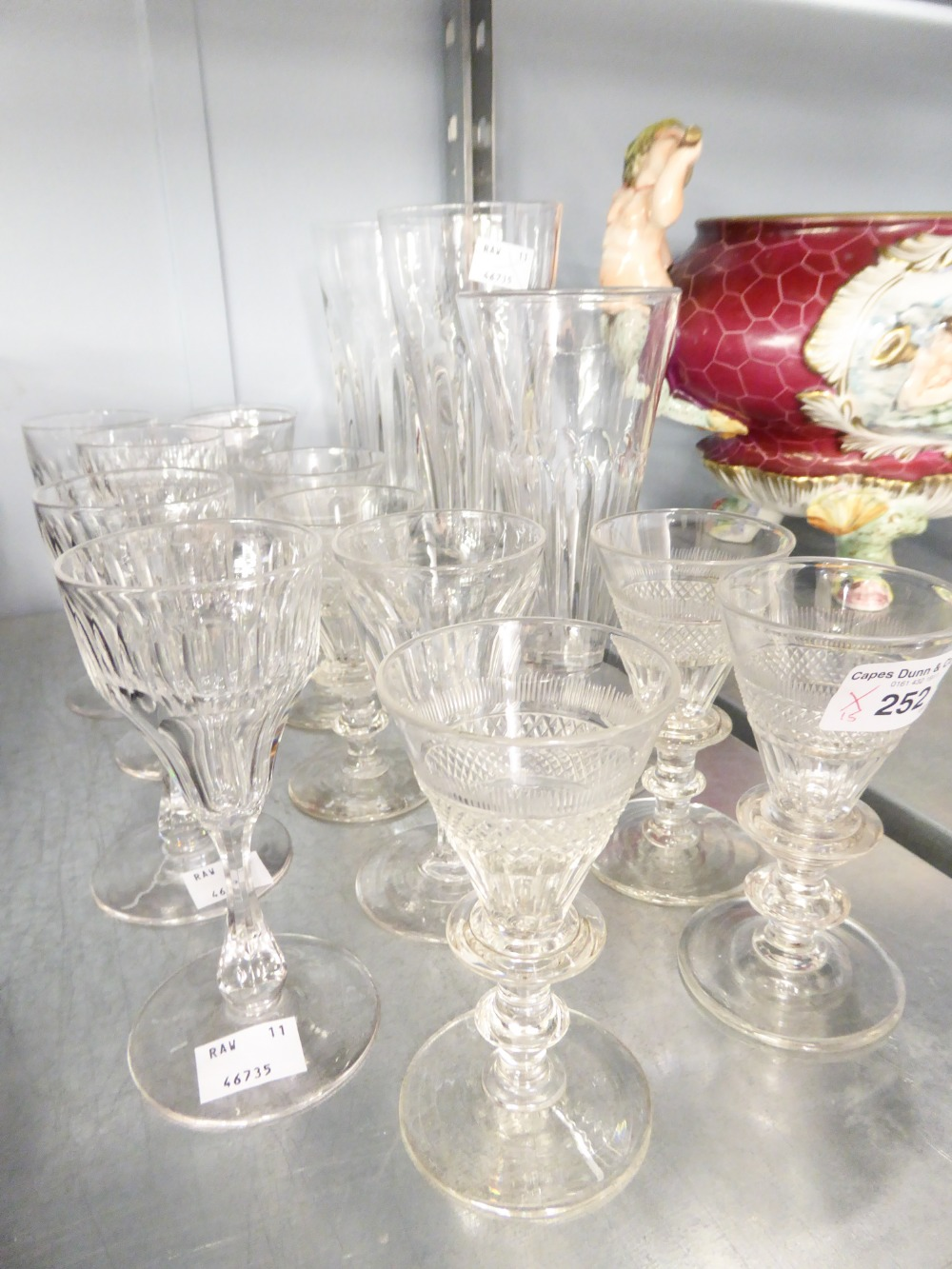Lot 252 - A SELECTION OF VICTORIAN AND LATER DRINKING GLASSES (15)