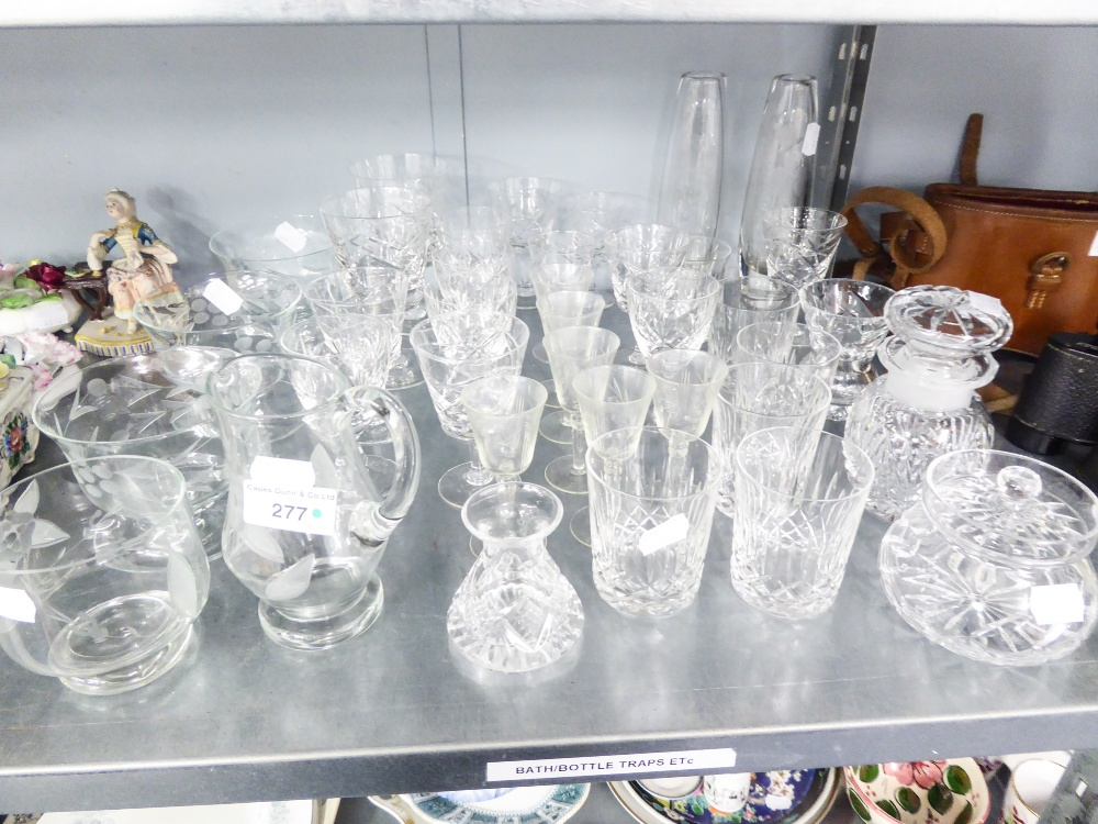 Lot 277 - A GROUP OF MISC CUT GLASS WARES TO INCLUDE; PORT GLASSES, VASES, SHERRY GLASSES, WHISKEY TUMBLERS