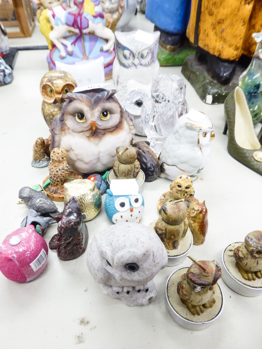 Lot 363 - A COLLECTION OF 24 SMALL OWL ORNAMENTS, VARIOUS AND THREE TORTOISE MINIATURES