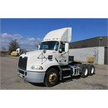 MACK, CXU613, TRUCK TRACTOR, DAY CAB, MACK MP7 DIESEL ENGINE, 10 SPEED MANUAL TRANSMISSION, 333,