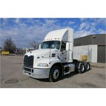MACK, CXU613, TRUCK TRACTOR, DAY CAB, MACK MP7 DIESEL ENGINE, 10 SPEED MANUAL TRANSMISSION, 382,
