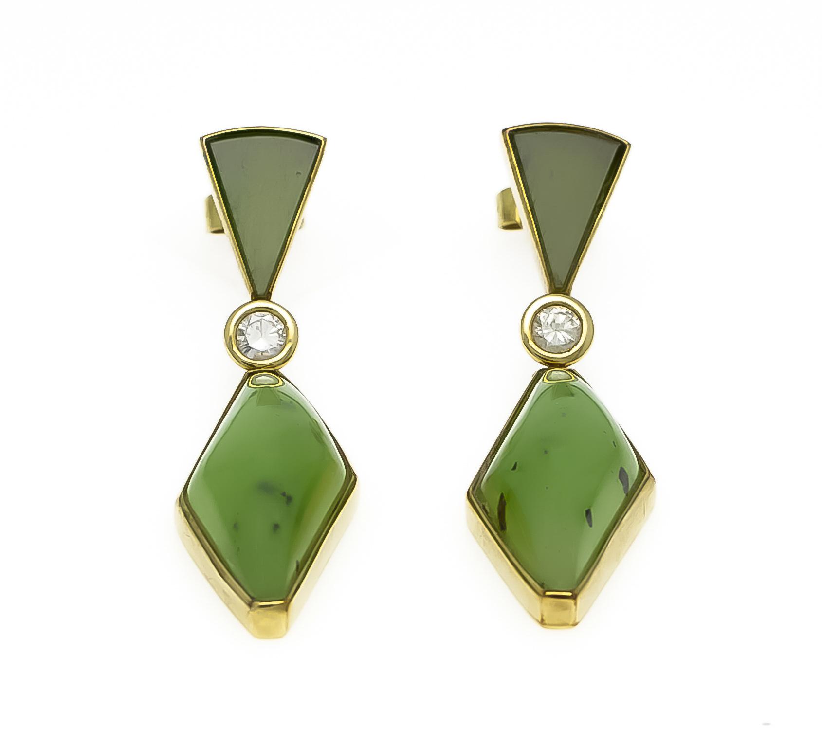 Lot 5 - Jade-Brillant-Ohrstecker GG 585/000 mit 4 Jade-Elementen 24 - 11,5 mm und 2 Brillanten,zus. 0,24