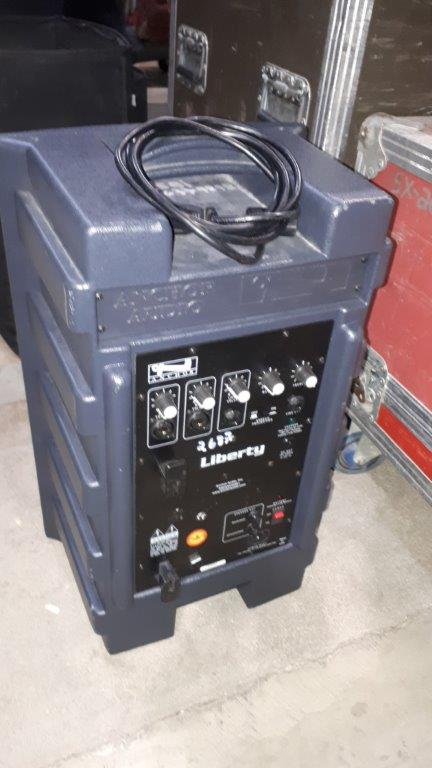 Lot 50 - Haut-parleur portatif à batterie Anchor Liberty
