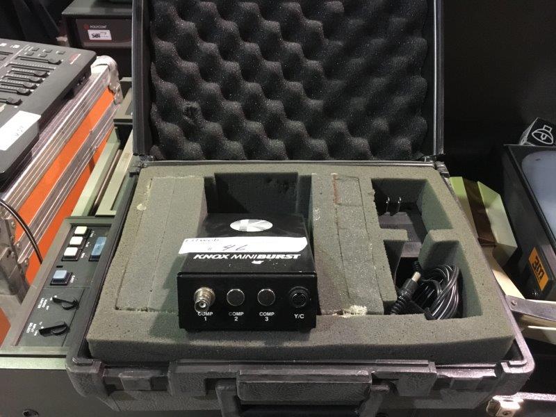 Lot 46 - Mini-Black burst generator Knox Miniburst YC