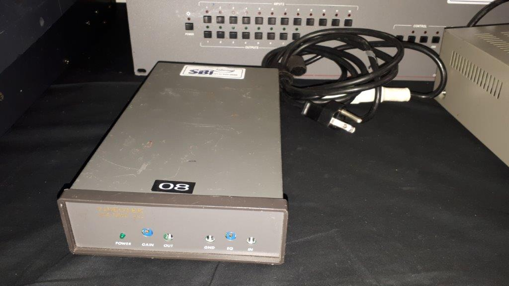 Lot 22 - Amplificateur de Signal Vidéo VSG ER7897