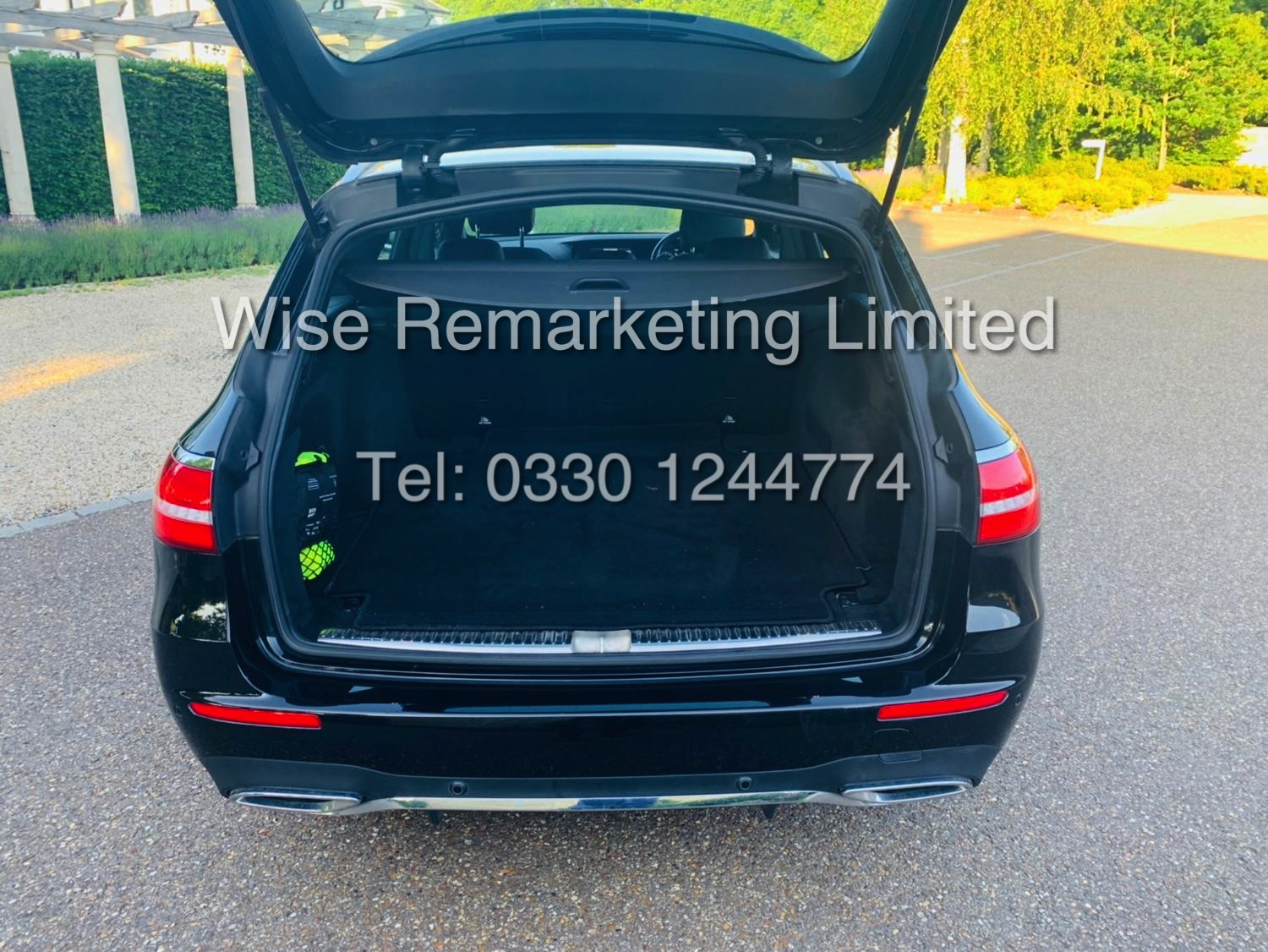 MERCEDES E CLASS ESTATE E220D AMG LINE 2017 / 9G -TRONIC / *LOW MILES* / 1 OWNER - Image 13 of 42