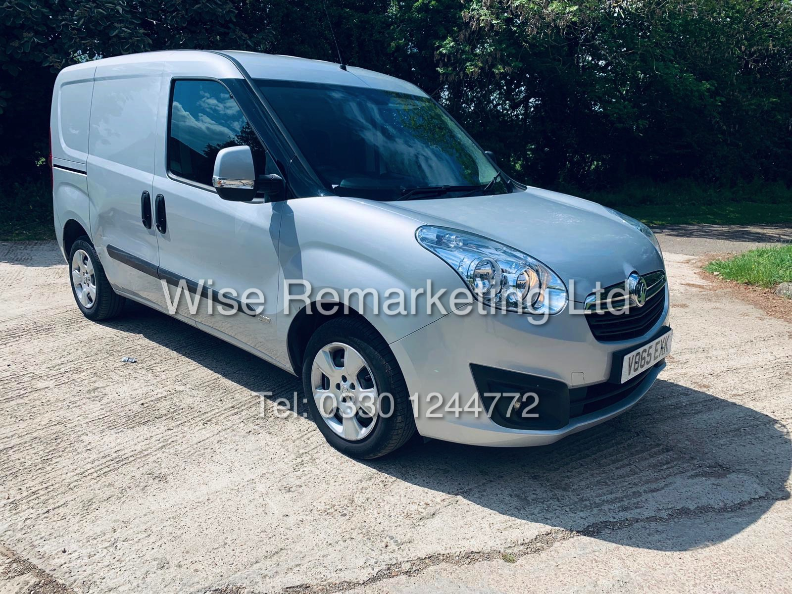 **RESERVE MET** VAUXHALL COMBO 2000 CDTI (SPORT) 1 OWNER WITH FULL HISTORY / AIR CON / ALLOYS / - Image 2 of 22