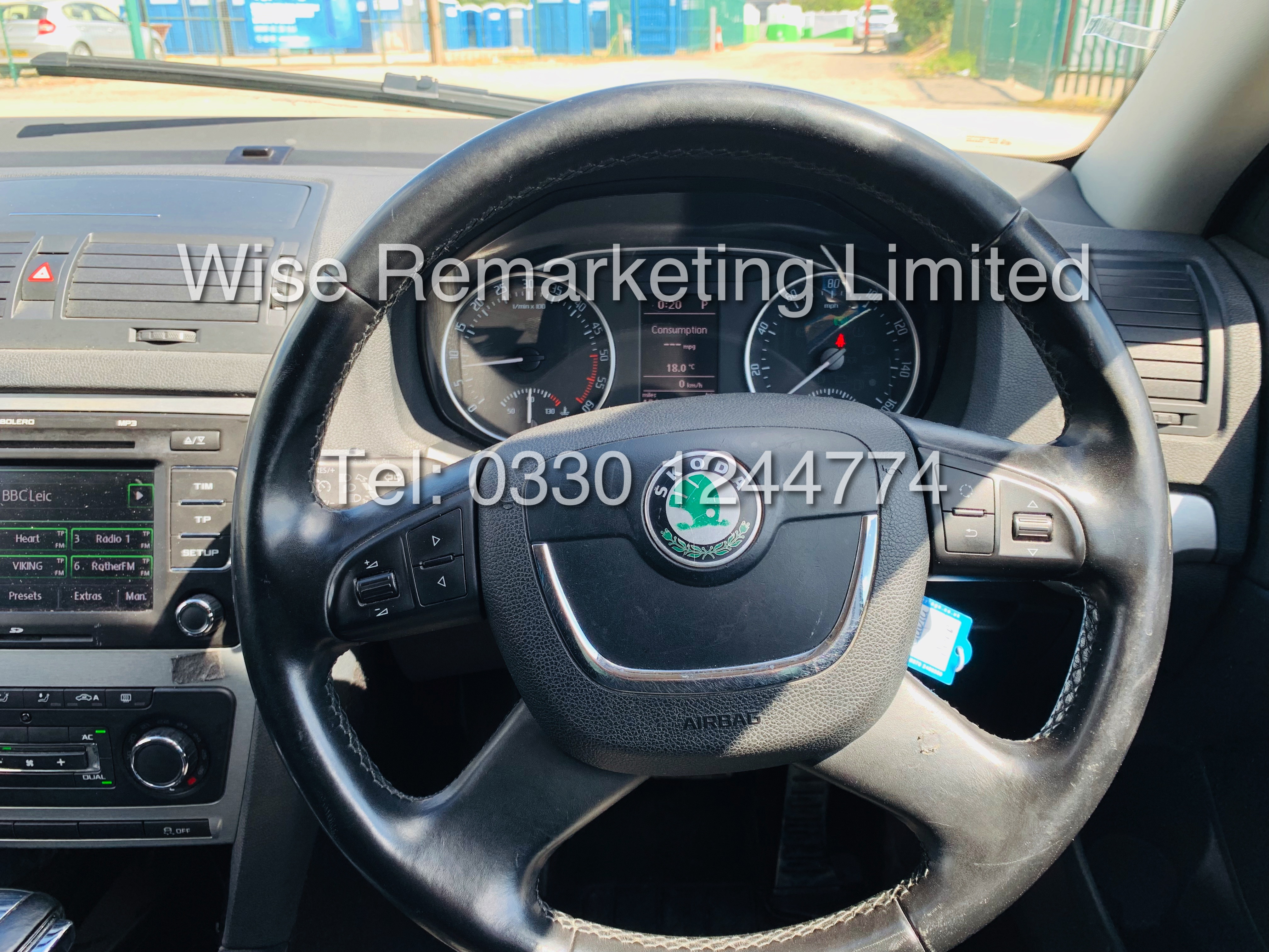 SKODA OCTAVIA (SCOUT) 2.0tdi DSG AUTOMATIC ESTATE / 2013 / 1 OWNER WITH FULL HISTORY / 140BHP / 4x4 - Image 14 of 14
