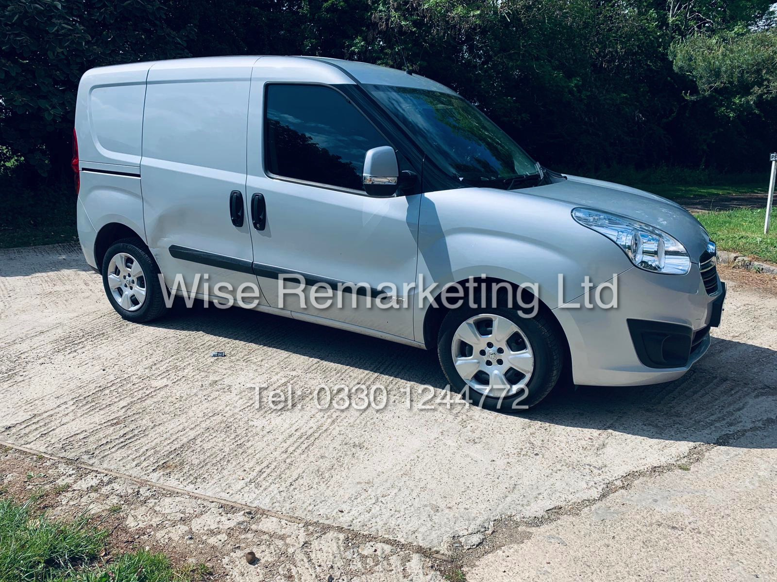 **RESERVE MET** VAUXHALL COMBO 2000 CDTI (SPORT) 1 OWNER WITH FULL HISTORY / AIR CON / ALLOYS /