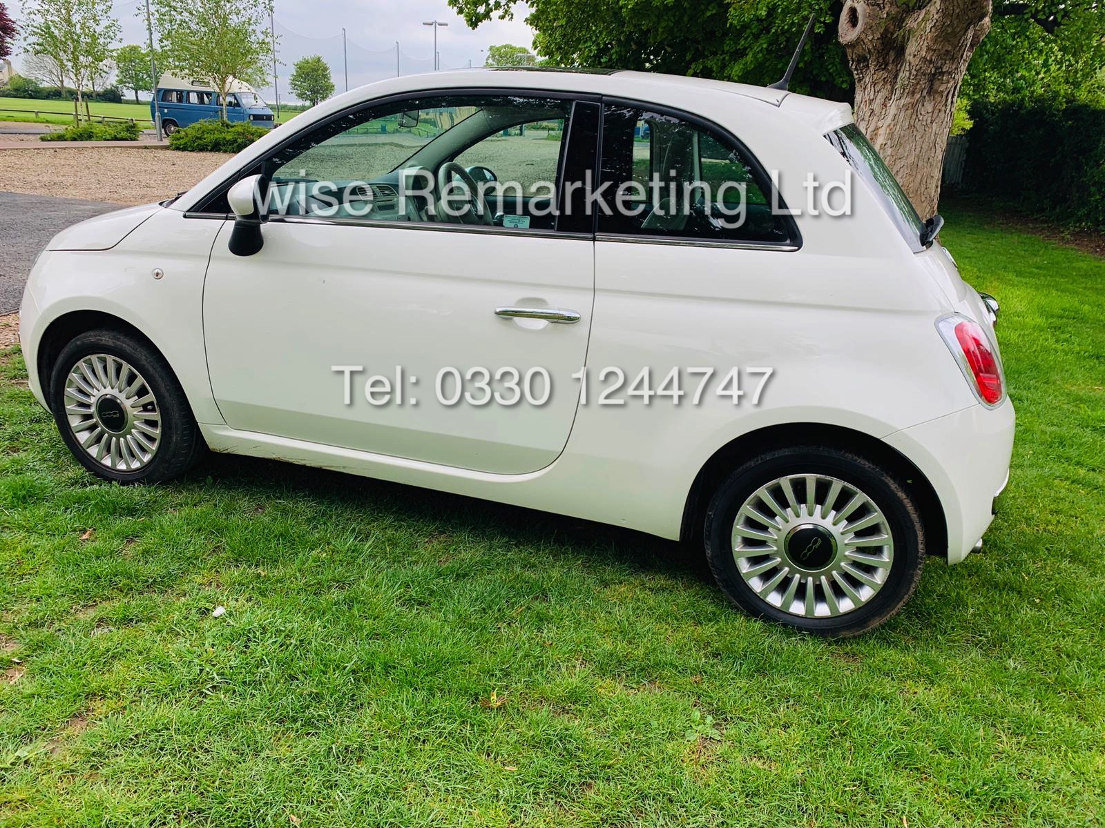 **RESERVE MET**FIAT 500 1.2 LOUNGE DUALOGIC STOP/START (2013 SPEC) ONLY 36K MILES *1 OWNER* AIR CON - Image 4 of 23