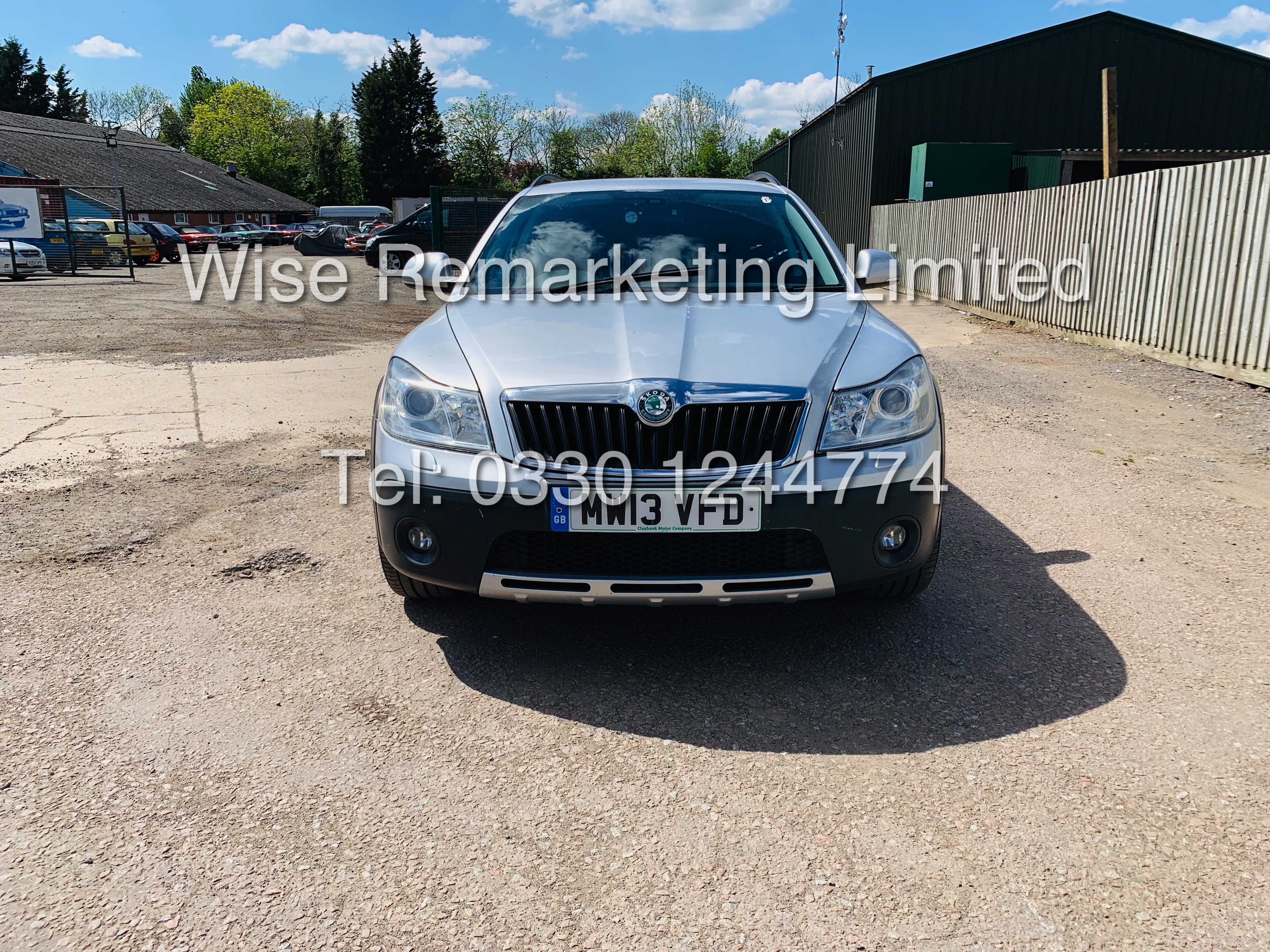SKODA OCTAVIA (SCOUT) 2.0tdi DSG AUTOMATIC ESTATE / 2013 / 1 OWNER WITH FULL HISTORY / 140BHP / 4x4 - Image 5 of 14
